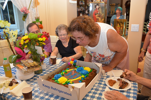 Beverly Perham Celebrates Birthday