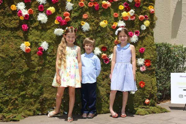 Flowers Star At Bubbles & Bouquets