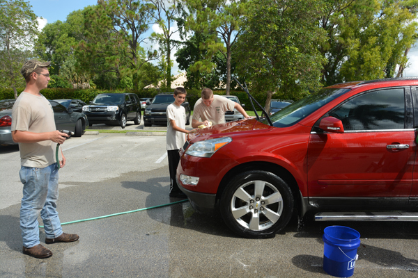Car Wash Helps Domestic Abuse Victims
