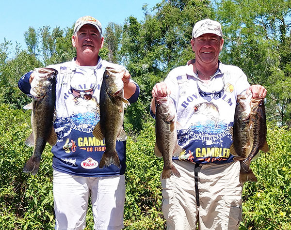 Bassmasters hold two day tournament in lake placid town for Lake istokpoga fish camps